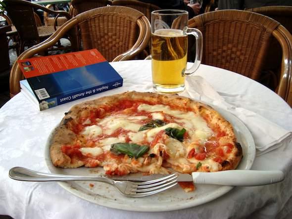 Pizza Margherita Napoli