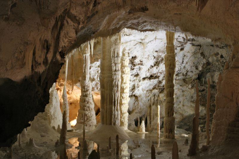 Grotten-van-Frasassi