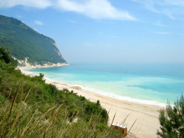 Strand van Sirolo