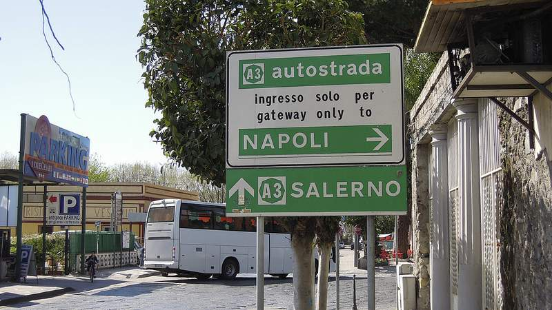 naar italie met de bus