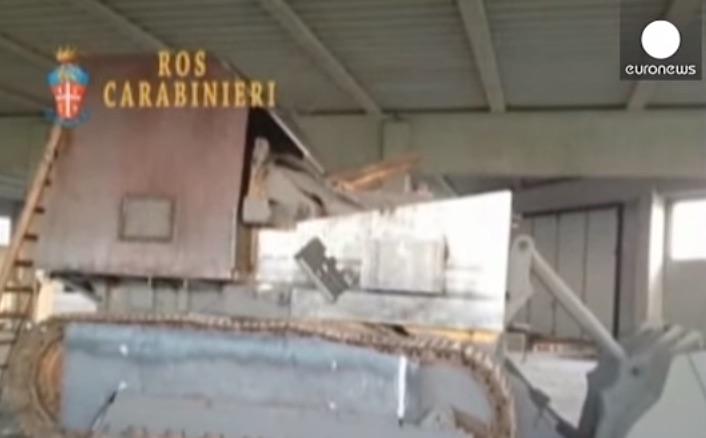 De zelfgemaakte tank (bron: YouTube)