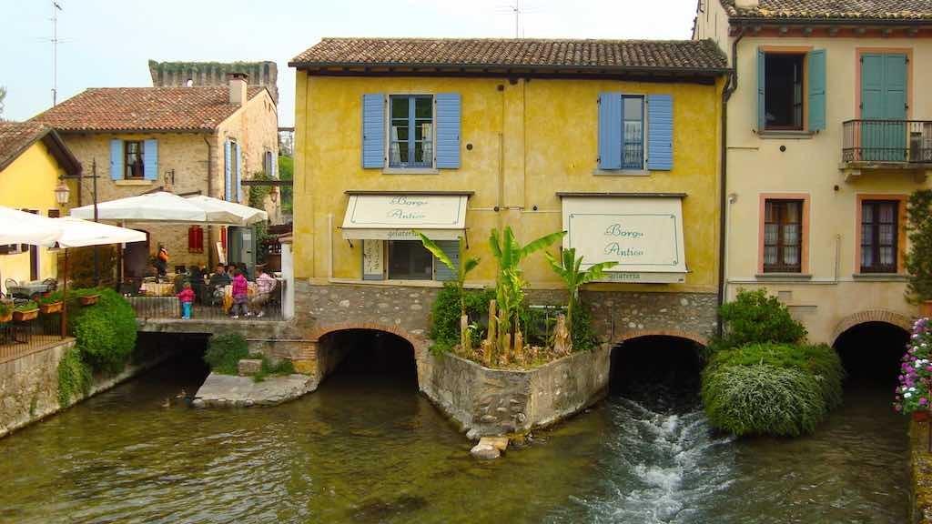Borghetto, dorp op het water van de Mincio