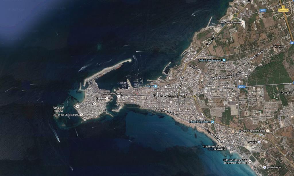 Gallipoli in de hak van de Italiaanse laars (bron: Google Maps)