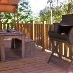 Boretti-barbecue bij glamping in Italië