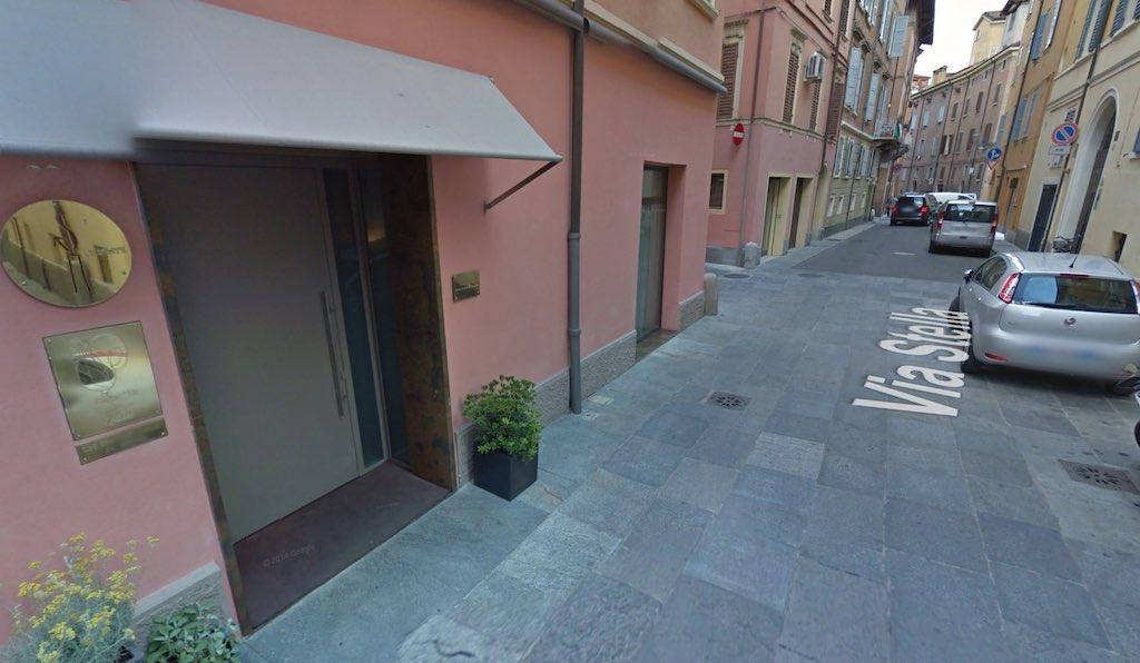 Zoals gebruikelijk: het beste restaurant ter wereld zit weggestopt in een anoniem straatje in Modena (bron: Google)
