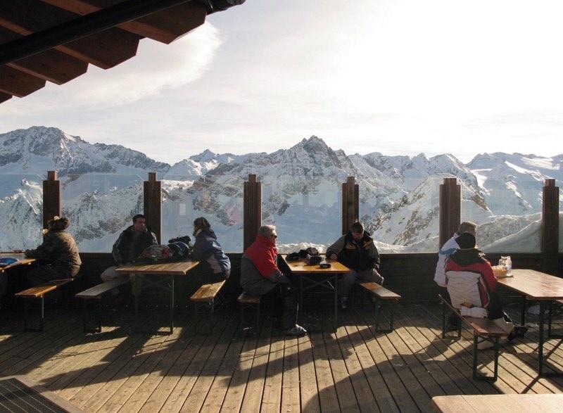 passo-tonale-passo-presena-wintersport-in-italie