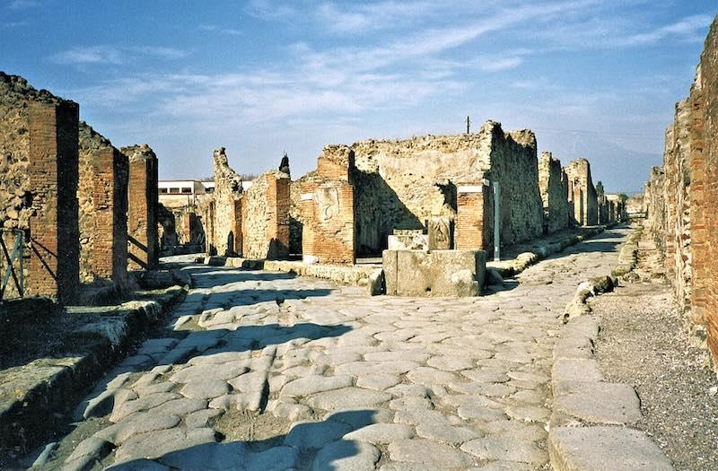 Pompeï: 'één grote ruïne!'