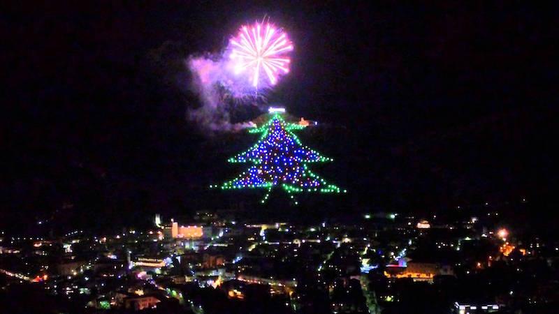 Kerst in Umbrië: grootste kerstboom ter wereld