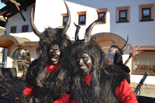 Het feest van San Nicolò, zoals dat in Vipiteno wordt gevierd