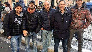 Stakende taxichauffeurs in Rome in het midden Alessandro Volterra