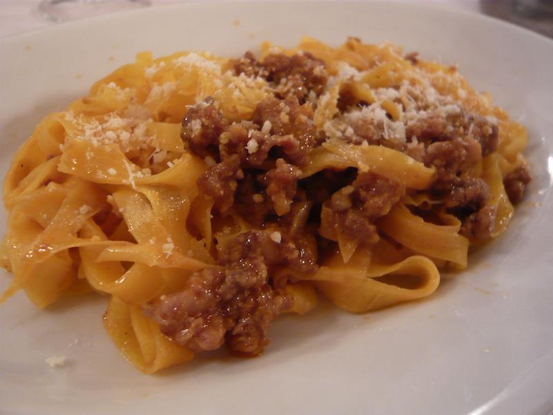 De echte pasta Bolognese -Tagliatelle al ragu