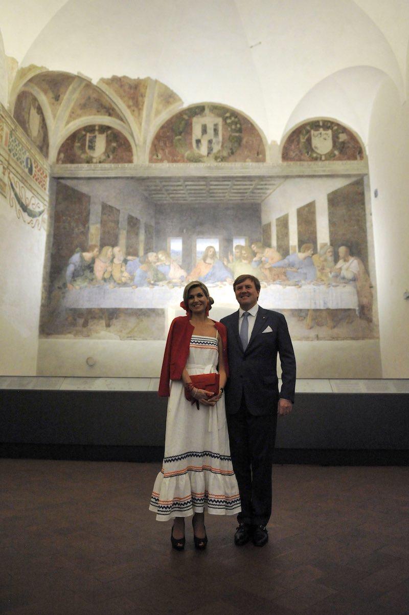 Het koninklijk paar voor Het Laatste Avondmaal van Da Vinci