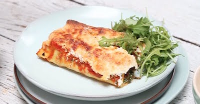 Cannelloni met ricotta en spinazie in tomatensaus