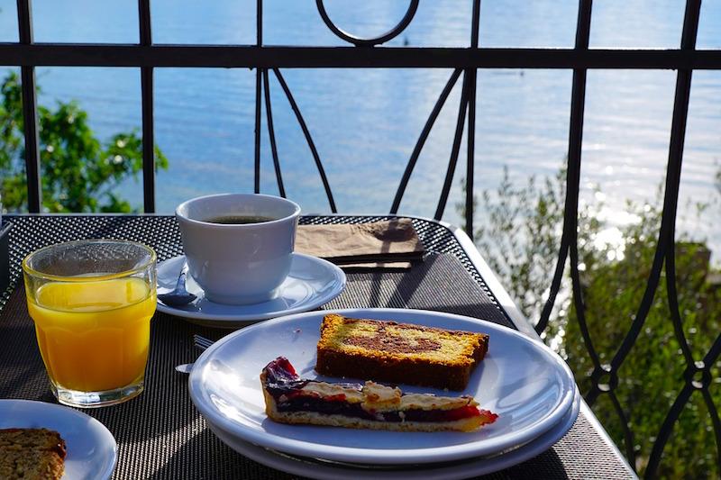 herfst in Italië: lekker ontbijten in de zon