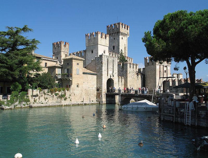 Het kasteel van Sirmione: Rocca Scaligera