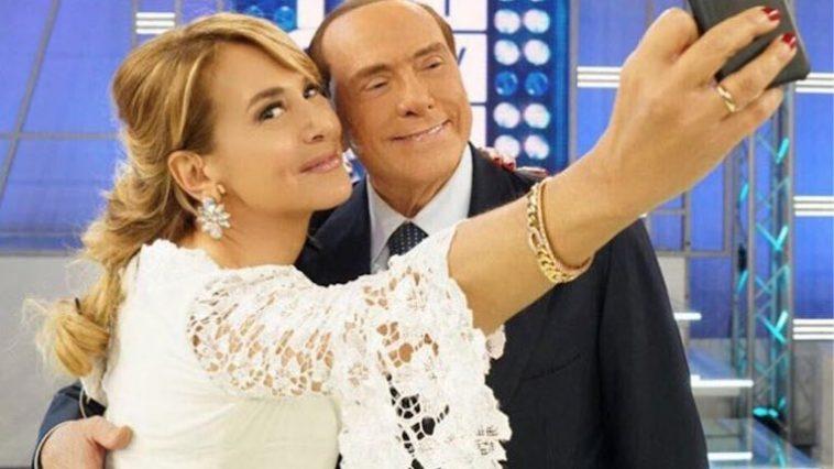 verkiezingen italie 2018 - silvio berlusconi en barbara d'urso