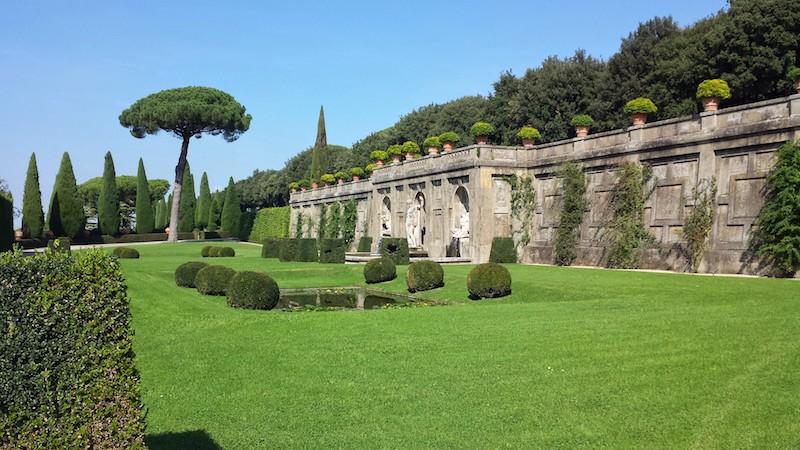 De schitterende tuinen van het pauselijke Castel Gandolfo