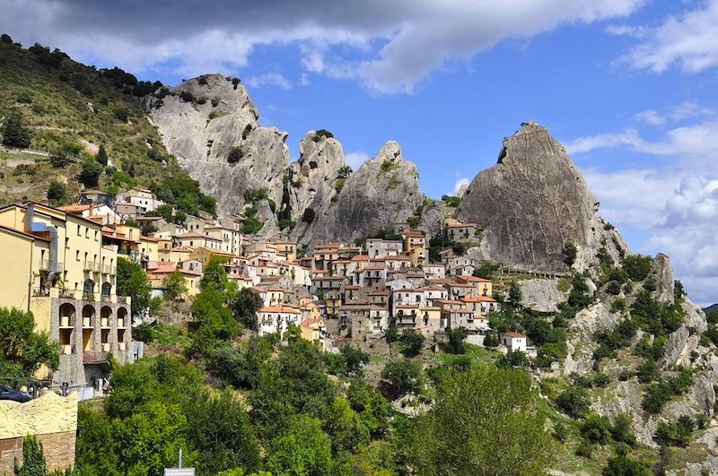 Castelmezzano in de Lucanische Dolomieten in Basilicata