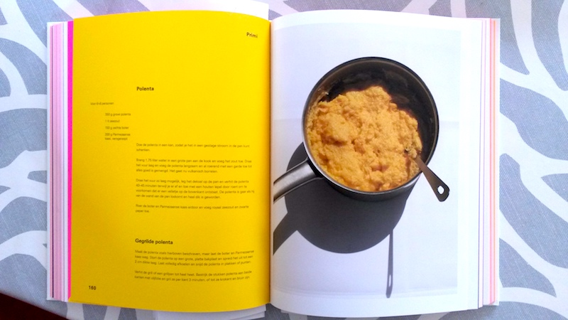 Het binnenwerk van het River Cafe 30-kookboek