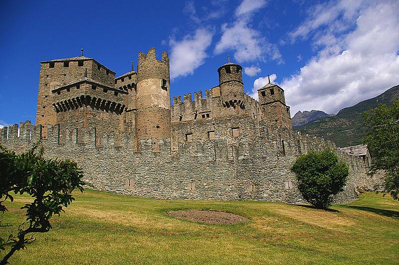 Castello di Fénis, Aostadal