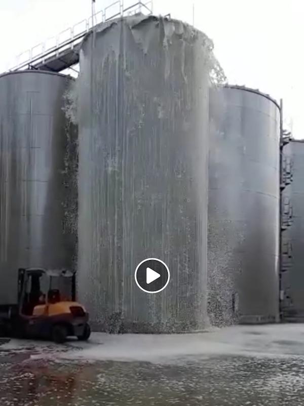 30.000 liter prosecco stroomt weg