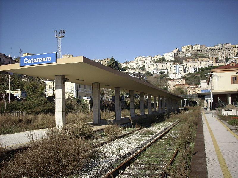 Een verlaten station in Catanzaro