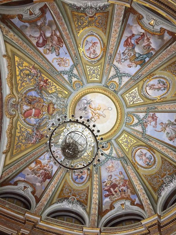 De koepel van het Teatro della Reggia