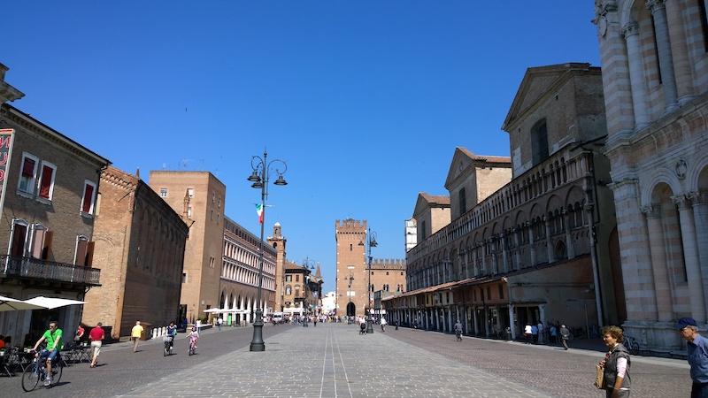 Brede straten en prachtige palazzo's