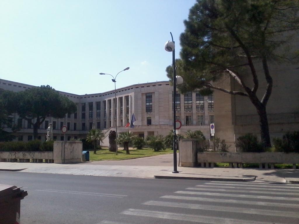 Palazzo-Emme-Latina