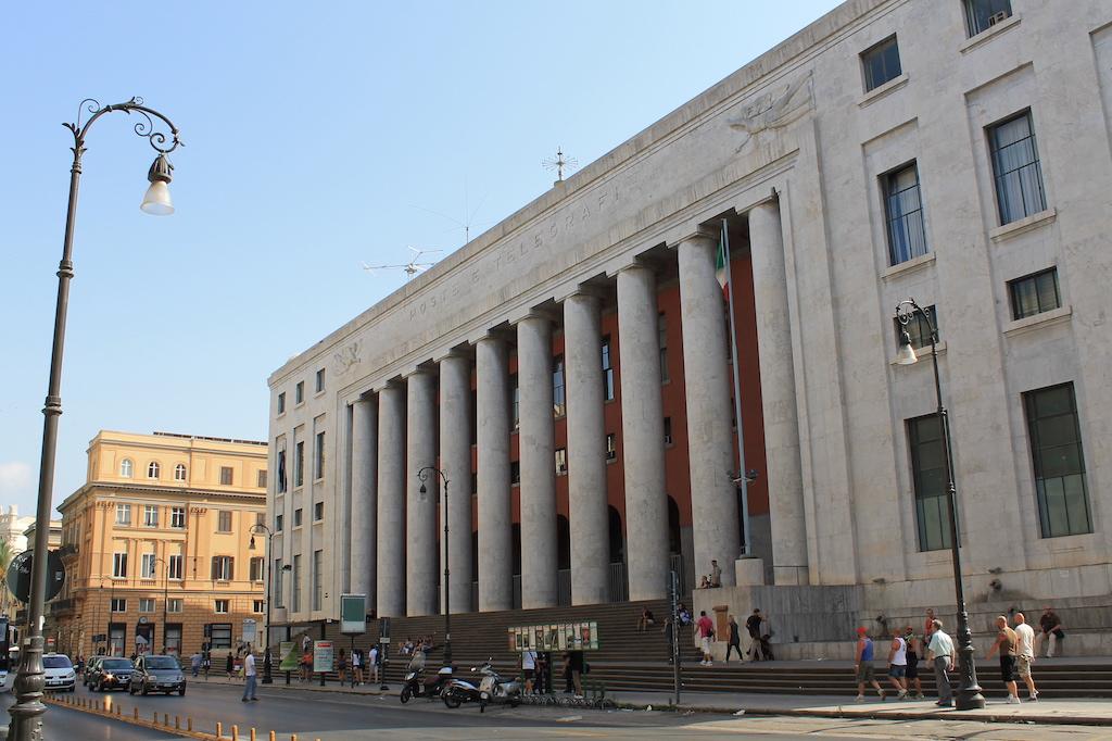 Palazzo delle Poste Palermo 1