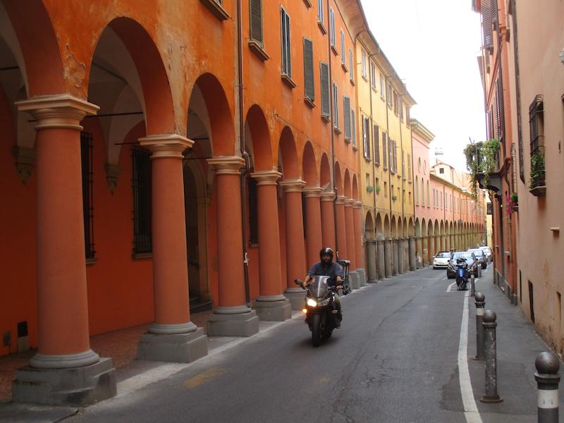 Zuilengalerij in Bologna