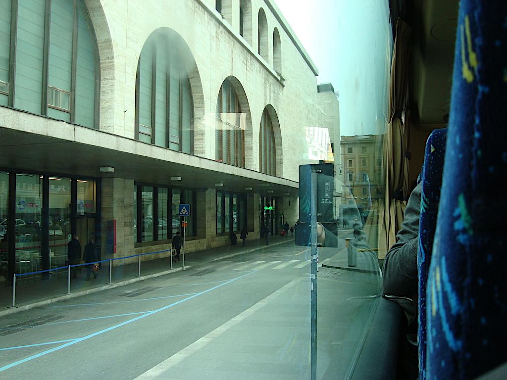 Stazione Termini vanuit de bus