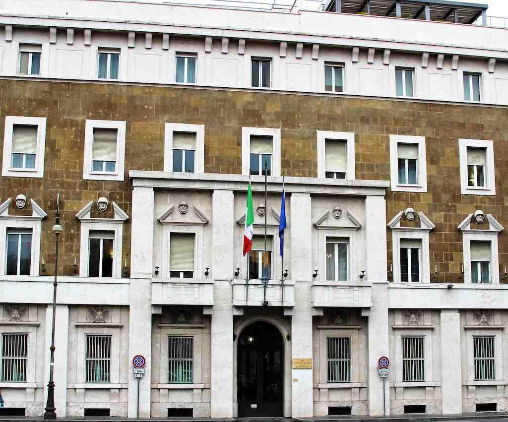 Voorgevel van het Palazzo dei Marescialli in Rome