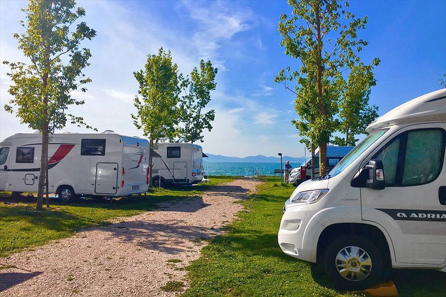 camping village punta navaccia trasimenomeer