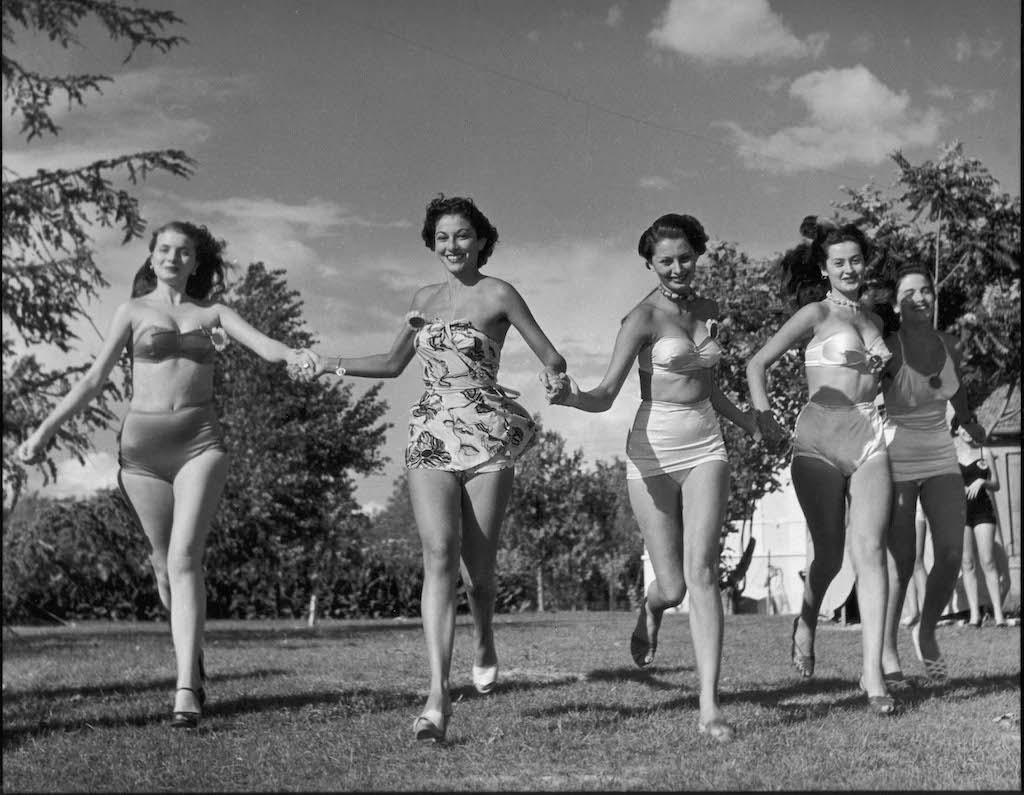 Sophia Loren bij de Miss Italia-verkiezing in 1950