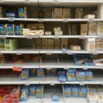 Minder pasta in de supermarkt in Verona