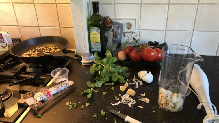 Ingrediënten om pesto te maken