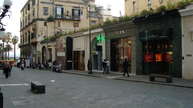 Italiaanse modewinkels in Napels
